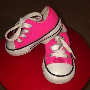 Converse All-star Pink toddler size 4